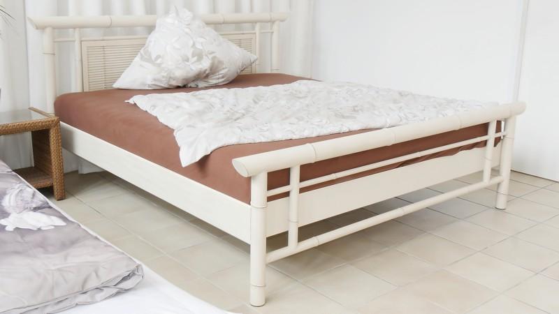 matratze boxpringbett gegen bei r ckenschmerzen r ckenproblemen. Black Bedroom Furniture Sets. Home Design Ideas