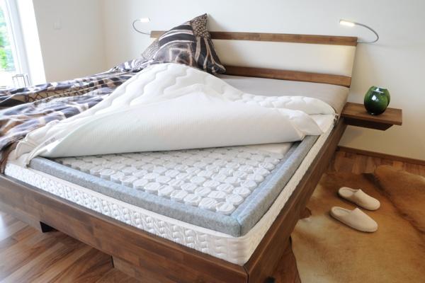 boxspringbett mit bettrahmen mio dormito matratzen boxspringbetten. Black Bedroom Furniture Sets. Home Design Ideas