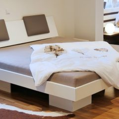 betten und bettrahmen g nstig nach ihren vorgaben hergestellt. Black Bedroom Furniture Sets. Home Design Ideas